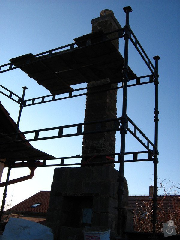 Rekonstrukce - vložkování komína: dovlozkovano_PO