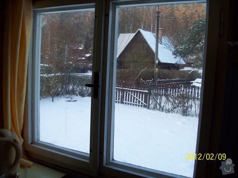 Výroba a výměna dřevěných oken u rekreační chaty: okna_chata_001
