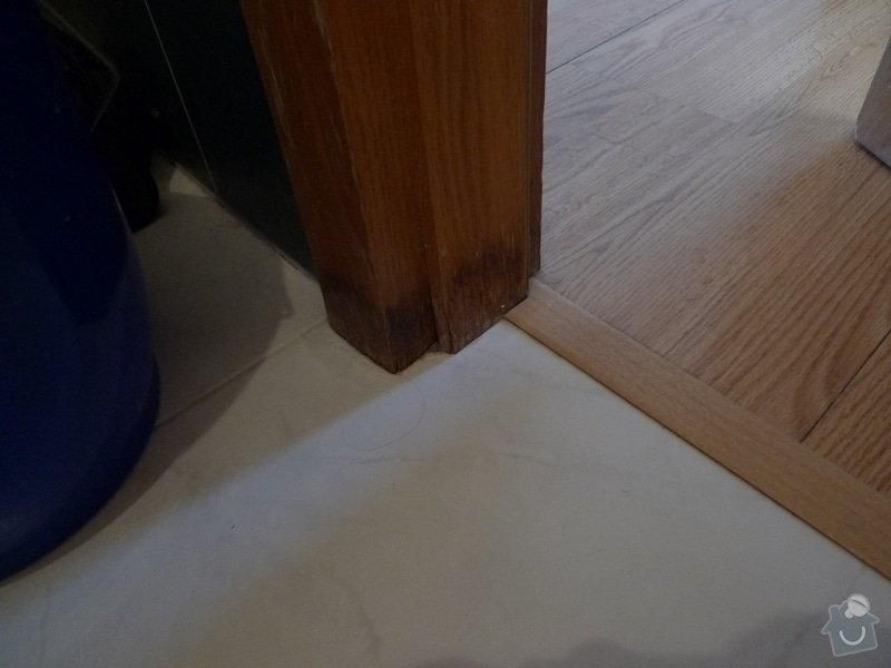 Renovace dveří a zárubní Sapeli: P1000649