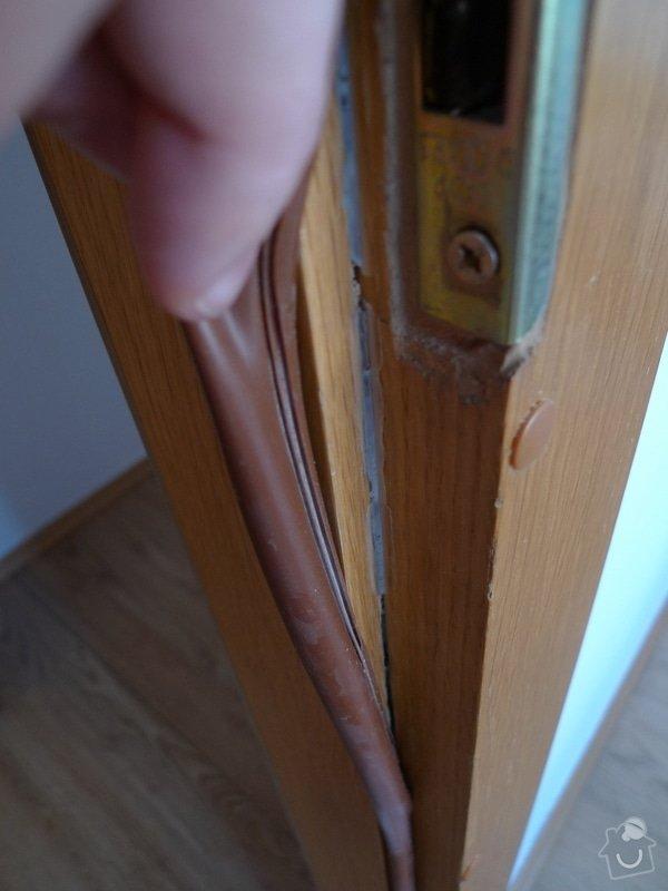 Renovace dveří a zárubní Sapeli: P1000658