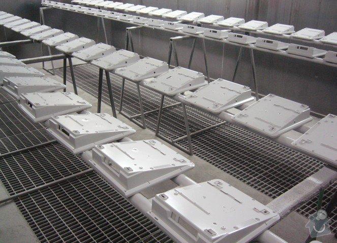 Lakování (nástřik, stříkání) plastových dílů: P1010087