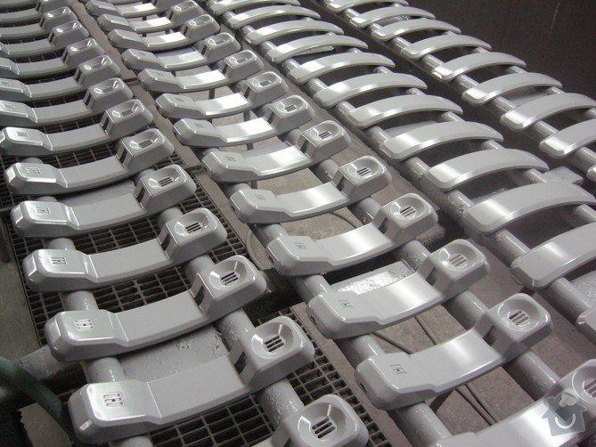 Lakování (nástřik, stříkání) plastových dílů: P1010125