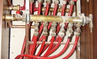 Zapojeni podlahoveho topeni termostaty a termohlavice dsc07449