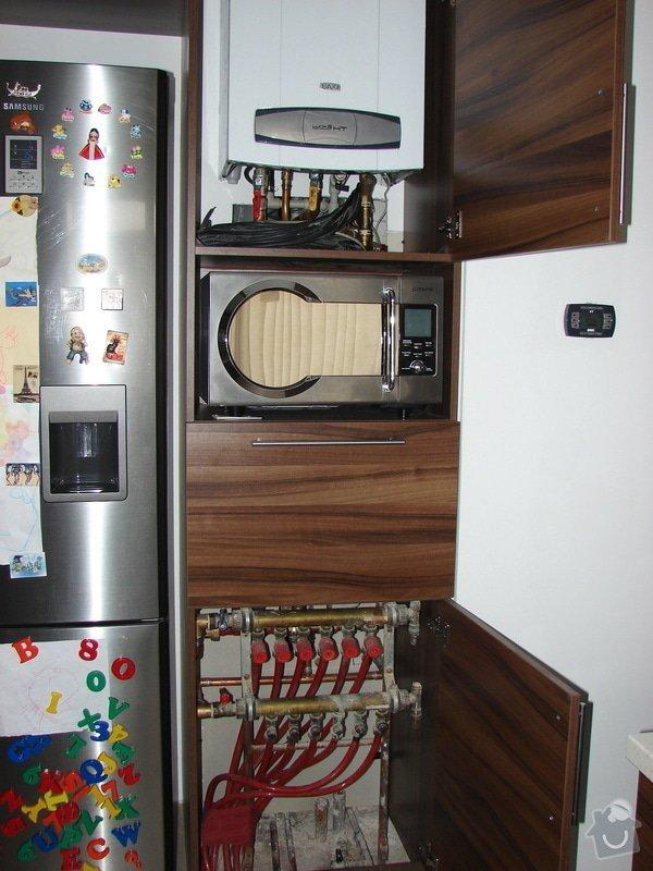 Zapojení podlahového topení, termostaty a termohlavice: DSC07454