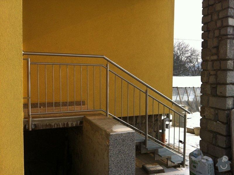 Nerezové zábradlí balkónu a nerezové schody: IMG_2997
