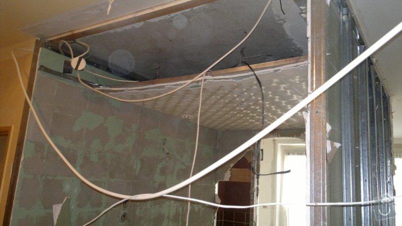 Přestavba SDK bytového jádra za zděné+rekonstrukce kuchyně a chodby: 071020112284