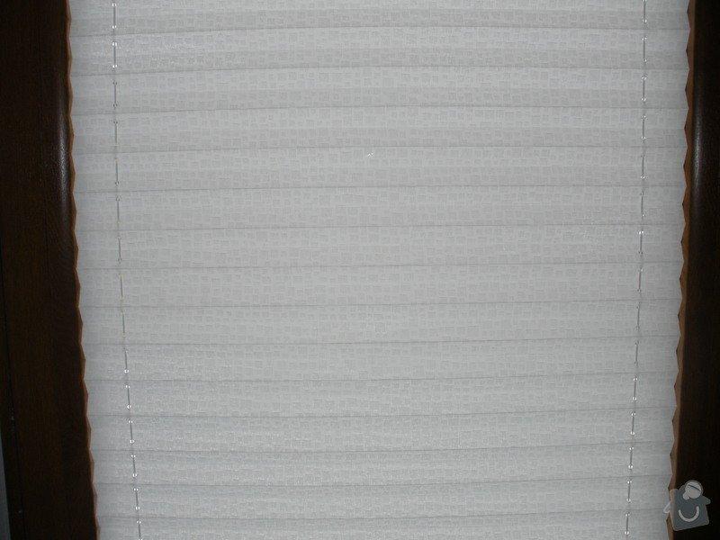 Plissé + žaluzie + Plissé do stř.oken: P2150022