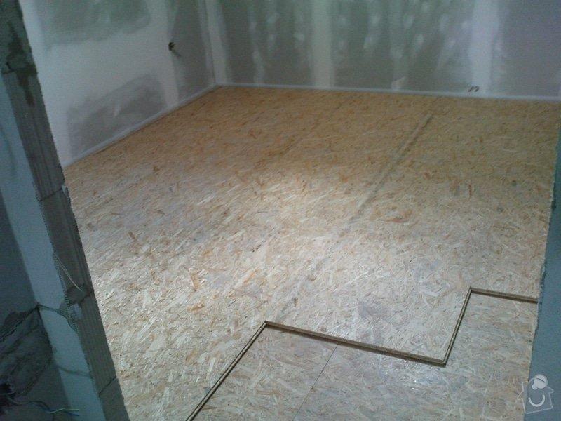 Podkrovní byt: DSC00959.