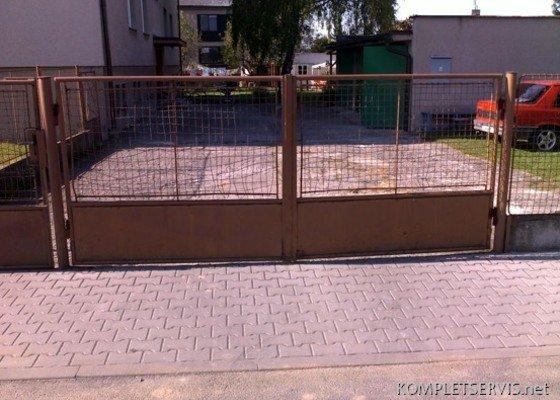 Rekonstrukce oplocení bytového domu