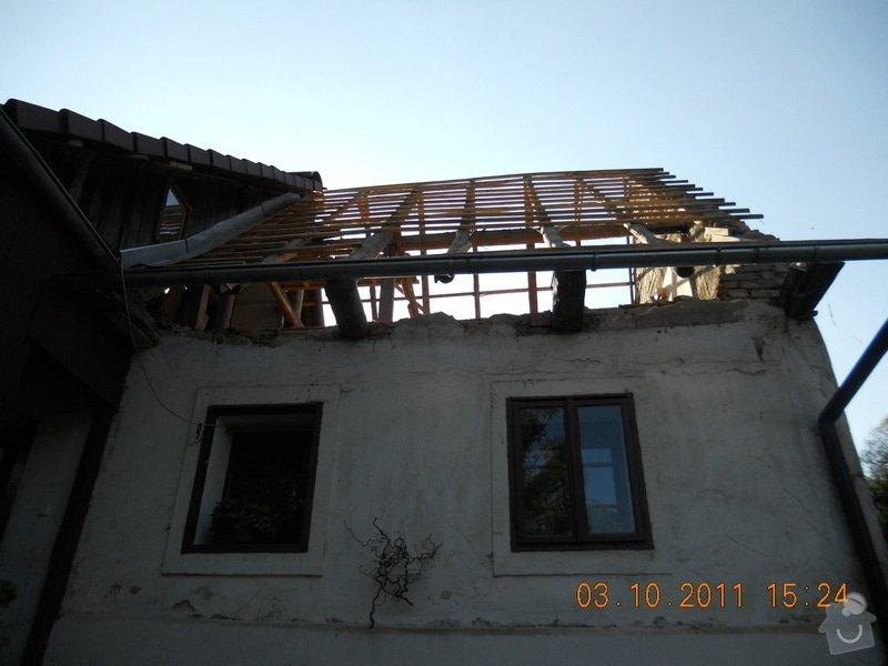 Rekonstrukce patra rodinného domu včetně výměny dřevěných částí střechy: DSCN0213