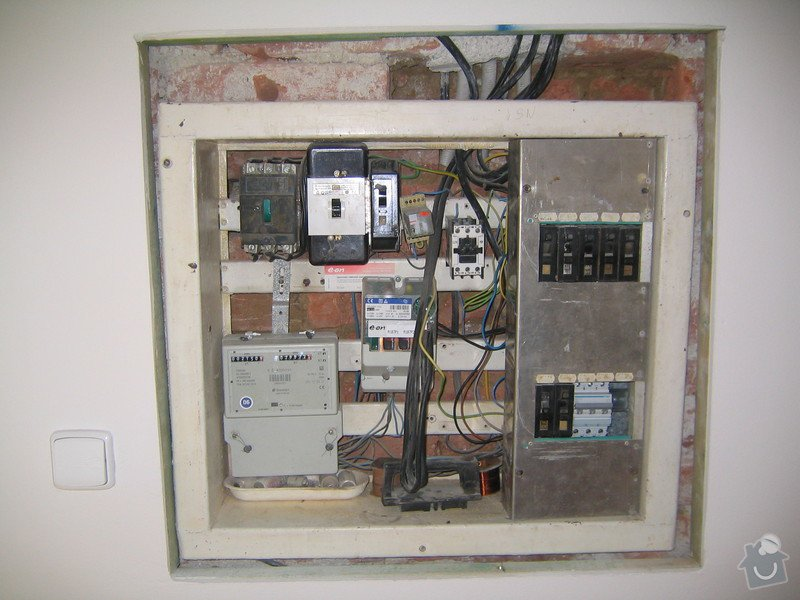Elektrikářské práce: 198_9839