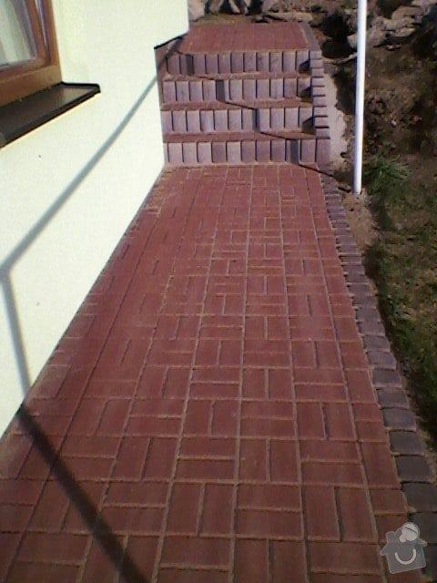Teréní úpravy,zámková dlažba+obložení schodů: SP_A0062
