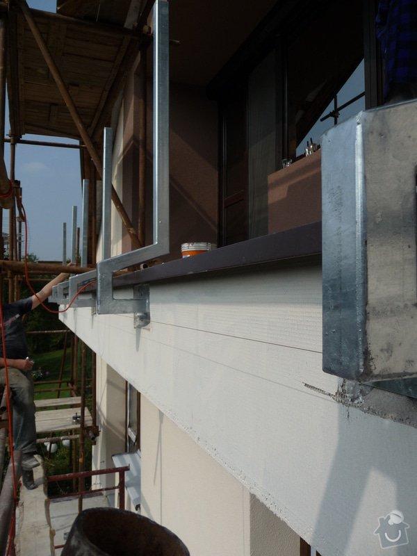 Dřevěné zábradlí balkónu zábradlí s truhlíkem typ TYP SCHWANZENBERG: P1050520