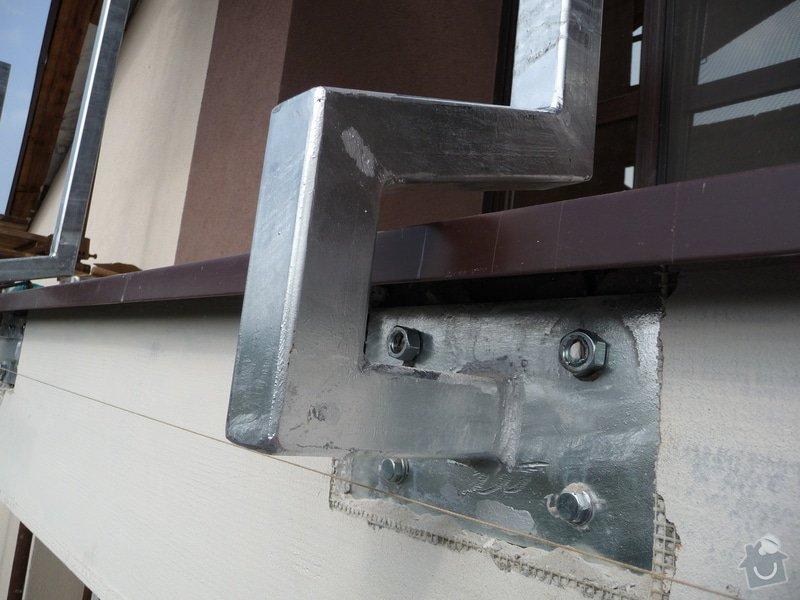 Dřevěné zábradlí balkónu zábradlí s truhlíkem typ TYP SCHWANZENBERG: P1050522