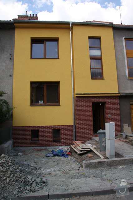 Obkladačské práce v rodinném domě: Haus-vorne