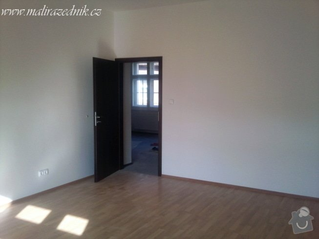 Kompletní rekonstrukce 2 bytů a schodiště domu : Fotografie051