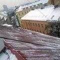 Odstraneni snehu ze strechy pomoci horolezecke techniky fotografie011