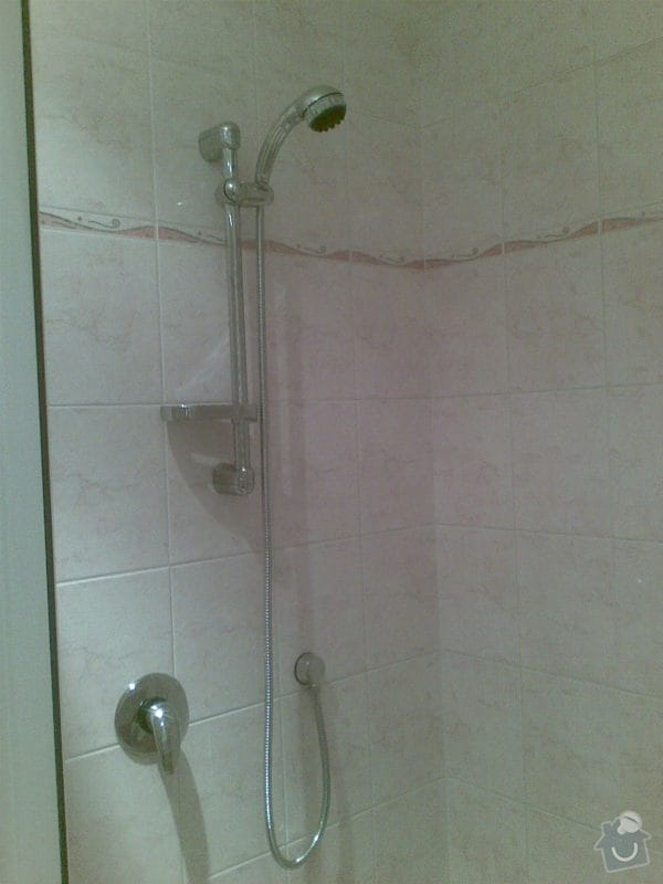 Předělání koupelny z umakartového jádra na zděné + změna místo vany sprchoví kout zděný: Obraz028
