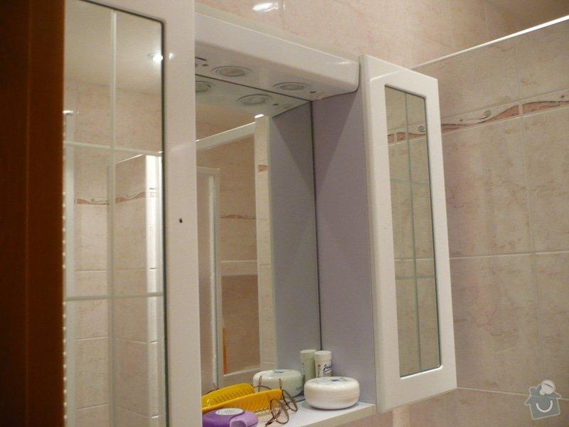 Předělání koupelny z umakartového jádra na zděné + změna místo vany sprchoví kout zděný: P1010670