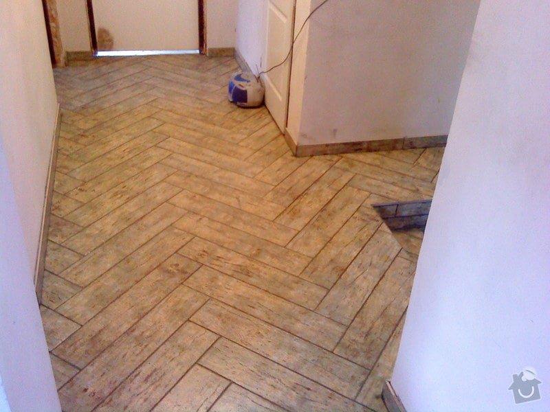 Zateplení domu,Pokládka dlažby: DSC00470