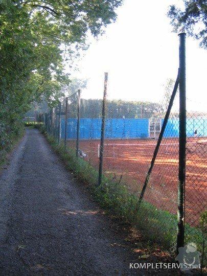 Rekonstrukce oplocení tenisových kurtů: IMG_3262