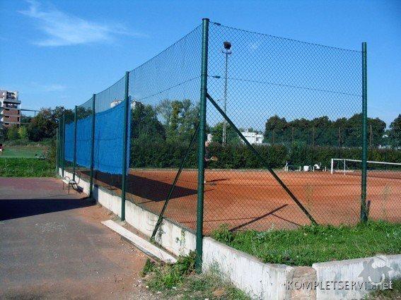Rekonstrukce oplocení tenisových kurtů: IMG_3258
