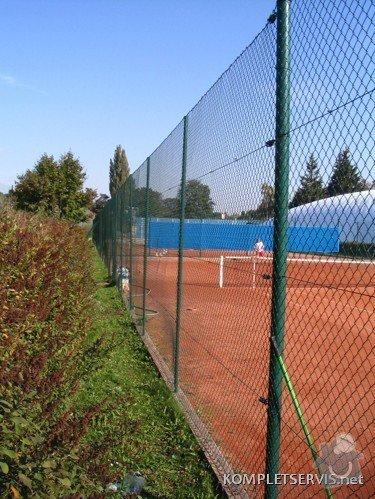 Rekonstrukce oplocení tenisových kurtů: IMG_3260