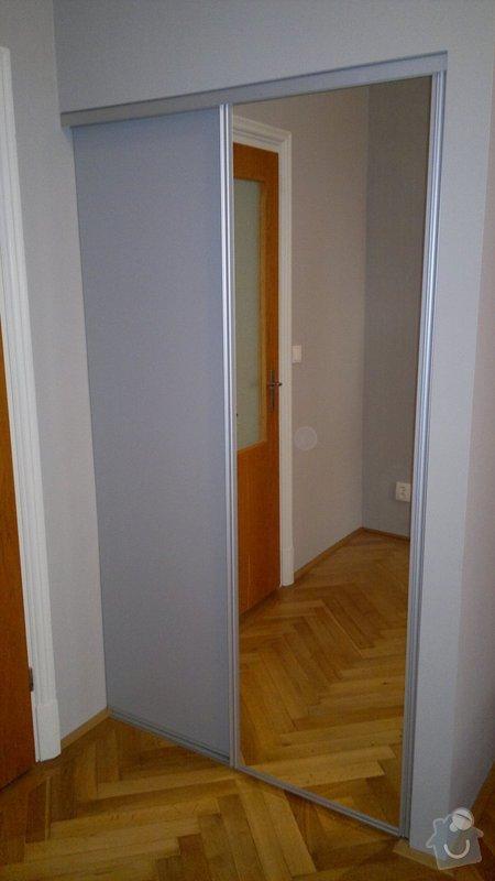 Knihovna, posuvné dveře, dělící stěna: 2012-02-29-125