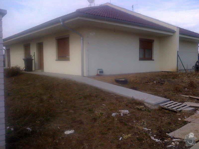 Stavba plotu(gabiony), brány, parkovacího stání: IMG-20120304-00002