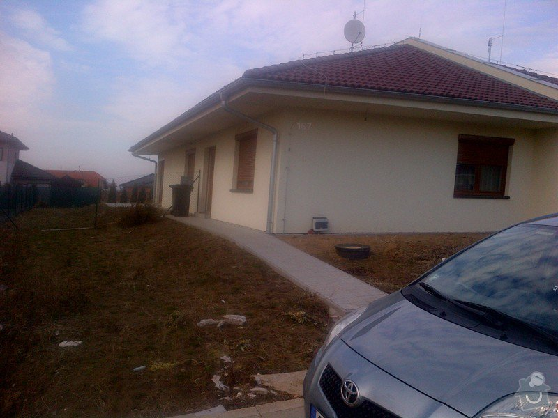 Stavba plotu(gabiony), brány, parkovacího stání: IMG-20120304-00001