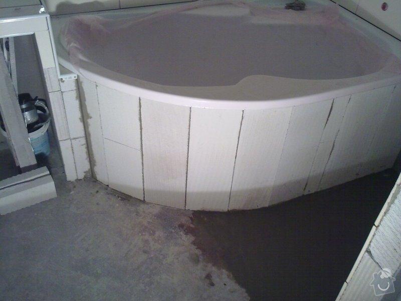 Kompletní rekonstrukce bytového jádra, vyzdění jádra, obložení , podezdění vany a umyvadla, dlažba, štukové omítky: 27072011302