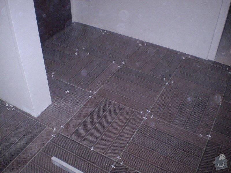 Pokladka plovouci podlahy a dlazby, obklad kuchyne: P2290024