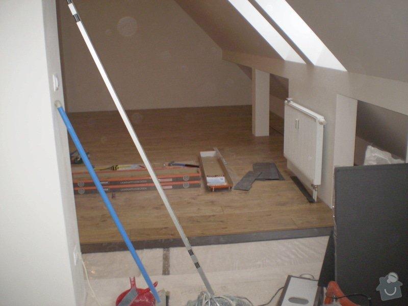 Pokladka plovouci podlahy a dlazby, obklad kuchyne: P3010003