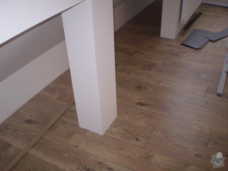 Pokladka plovouci podlahy a dlazby, obklad kuchyne: P3010004