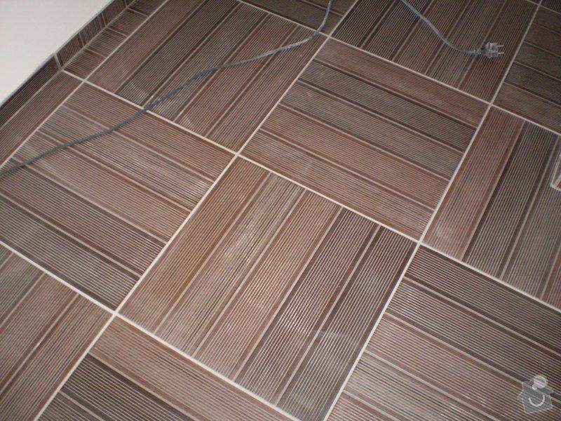 Pokladka plovouci podlahy a dlazby, obklad kuchyne: P3020001