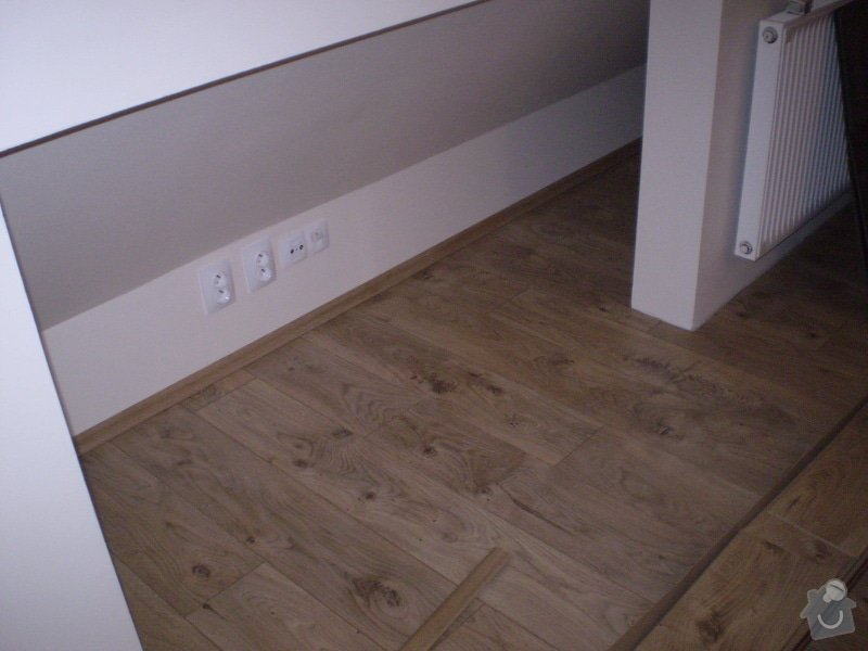 Pokladka plovouci podlahy a dlazby, obklad kuchyne: P3020005