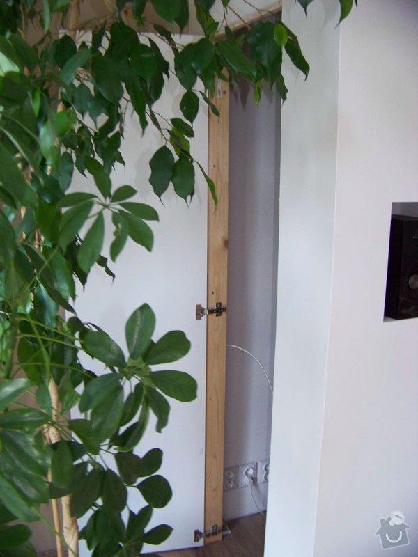Sádrokartonový podhled a stěna v obývacím pokoji: 100_3978