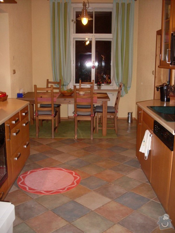 Úprava - zkrácení jídelního stolu: Foto_byt_013