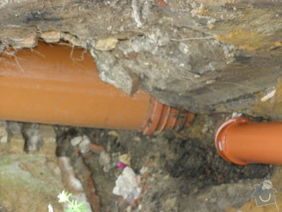 Přípojka kanalizace pro rodiný dum: PICT0002