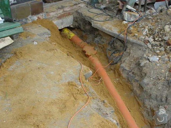 Přípojka kanalizace pro rodiný dum: PICT0006
