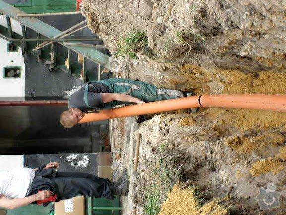 Přípojka kanalizace pro rodiný dum: PICT0005