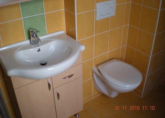 Kompletní rekonstrukce koupelny,realizace topení,rozvody TUV,SUV,HT-systém