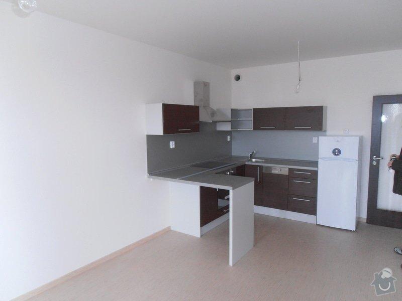 Výroba a montáž kuchyní a zakázkového nábytku: P3020095