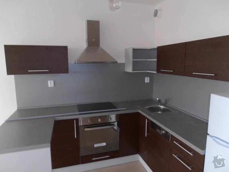 Výroba a montáž kuchyní a zakázkového nábytku: P3020097