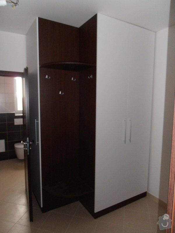 Výroba a montáž kuchyní a zakázkového nábytku: P3020105