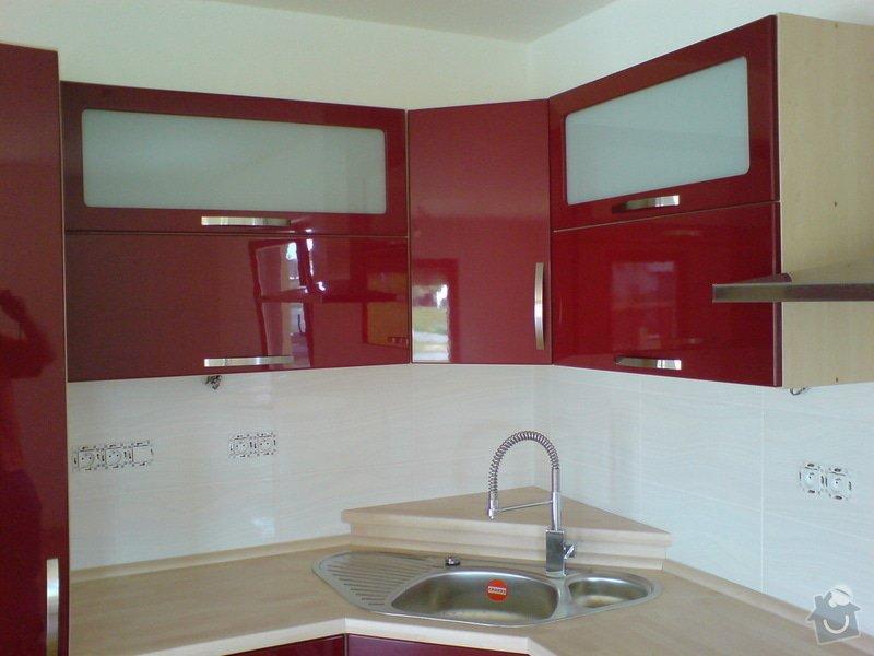 Kompletní nový interiér v novostavbě RD: Snimek_541