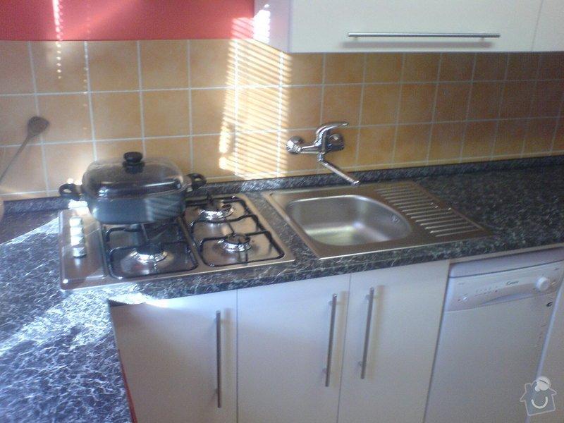 Kuchyňská linka, ložnice: DSC00242