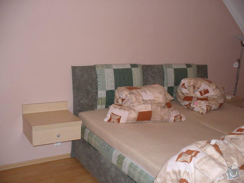 Vestavěná skříň, šikmá vestavěná skříň, škříň, PC stůl, noční stolky a ostatní nábytek: P1230347