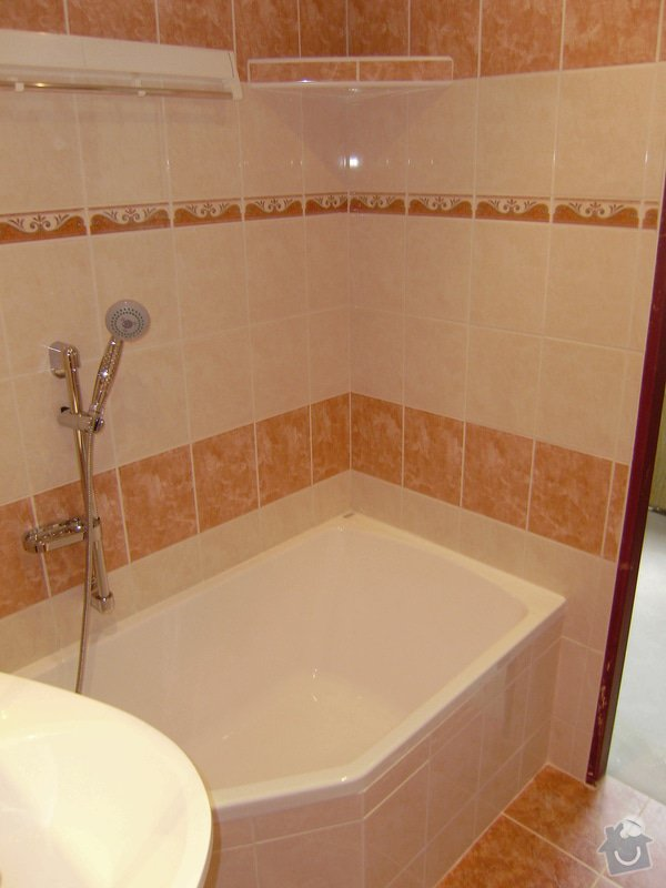 Rekonstrukce koupelny a WC: PB120060