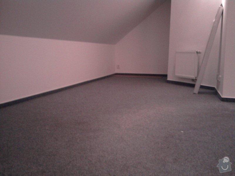 Pokládka plovoucí podlahy,malování na bílo podkrovního bytu: Fotografie0418